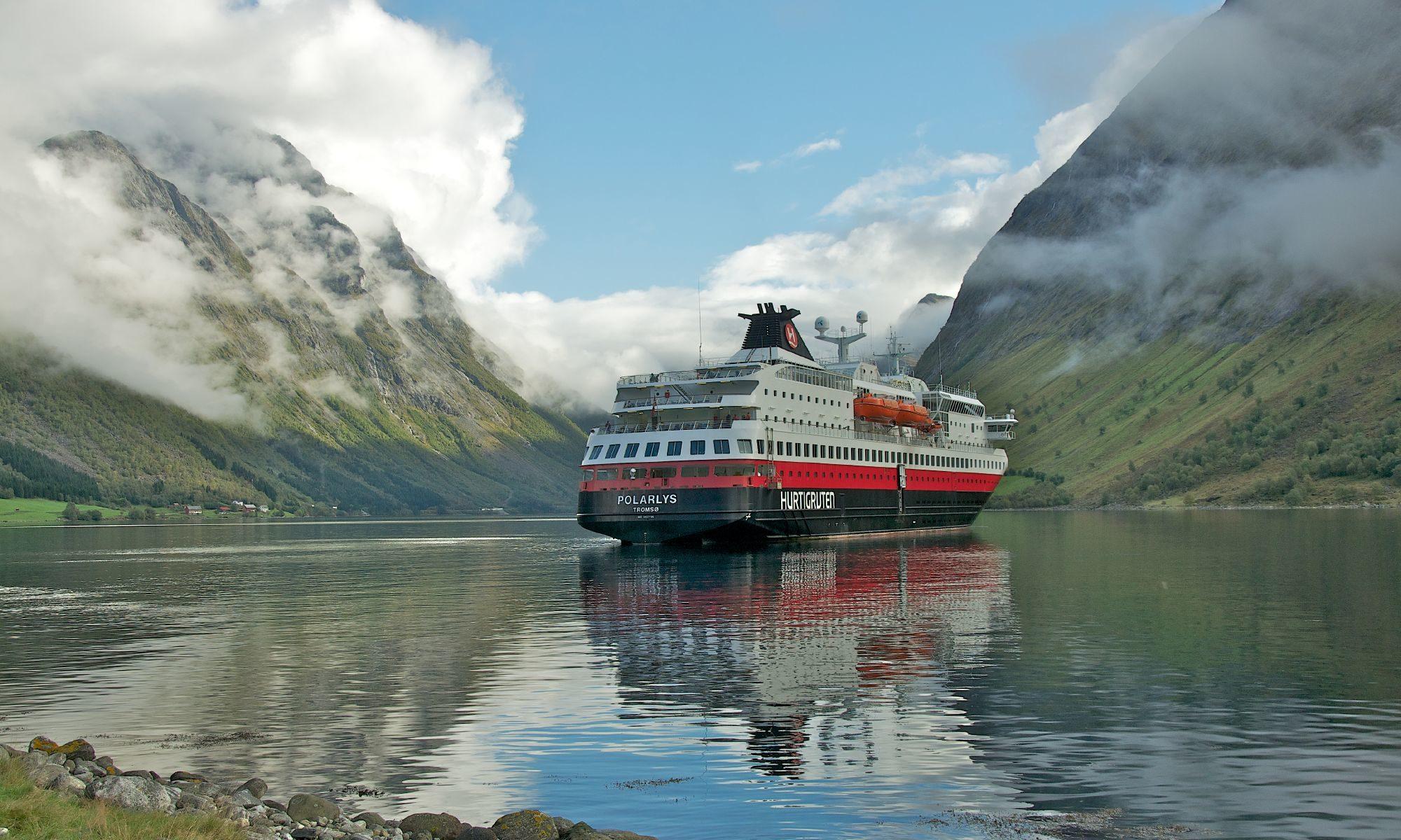 Hurtigruten - unterwegs durch skandinavische Fjorde